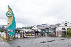ビール好きにはおすすめな道の駅が富山県黒部市宇奈月町にあります その道の駅が道の駅うなづき 道の駅うなづき内にはなんとビール工房があるんです 地元の大麦と水を使用しモーツアルトの曲を聞かせて発酵させた極上のビールを味わうことができます でも車を運転する人は飲まないでくださいね tags[富山県]
