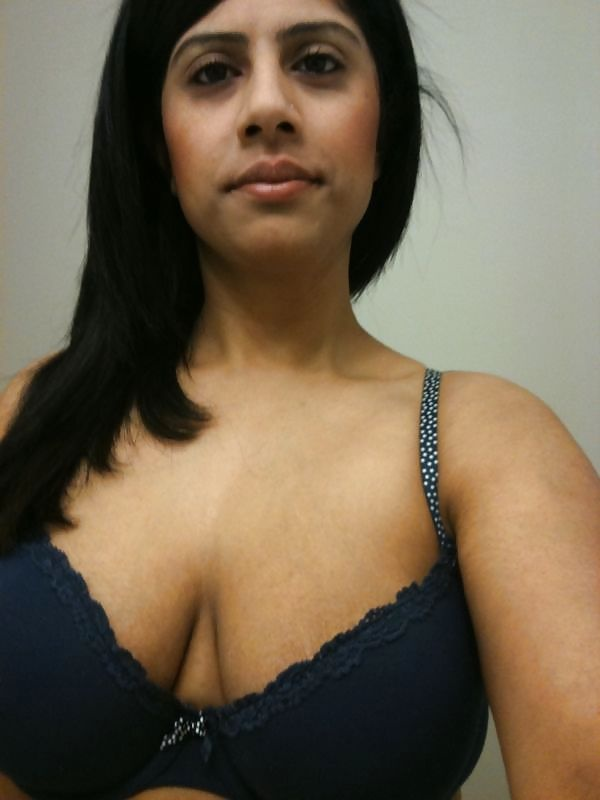 No condom bareback anal cumshot