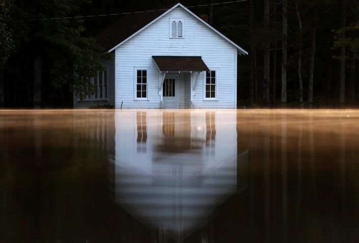 Затопленный дом после урагана «Мэтью», Ламбертон, Северная Каролина, США