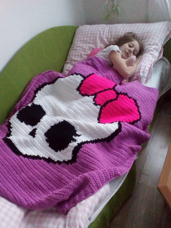 Crochet Monster High blanket