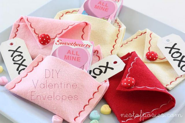 felt valentine envelopes  @Sonja T Beahan - this would be a fun project to test your fancy machine stitches.  :)