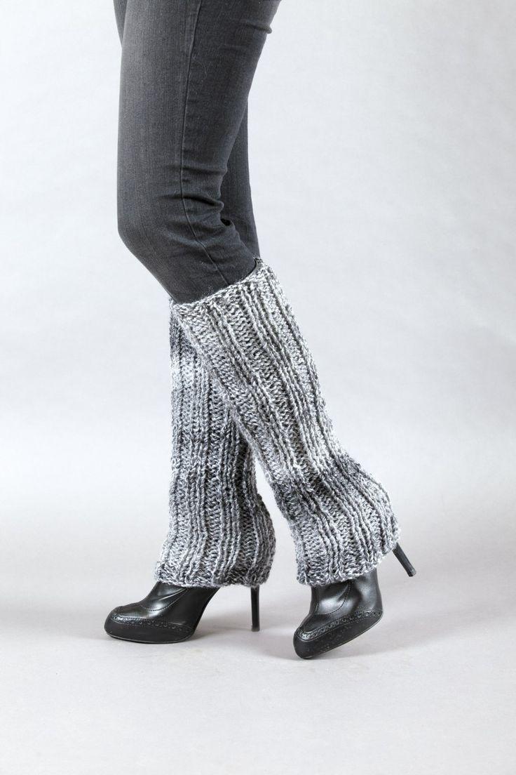 Learn to knit leg warmers!