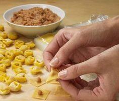 Ricetta Tortellini alla bolognese pubblicata da Team Bimby - Questa ricetta è nella categoria Primi piatti