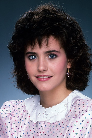 Courtney Cox - October 1, 1983  The fresh-faced actress flaunted full eyebrows and short curly hair early in her career.