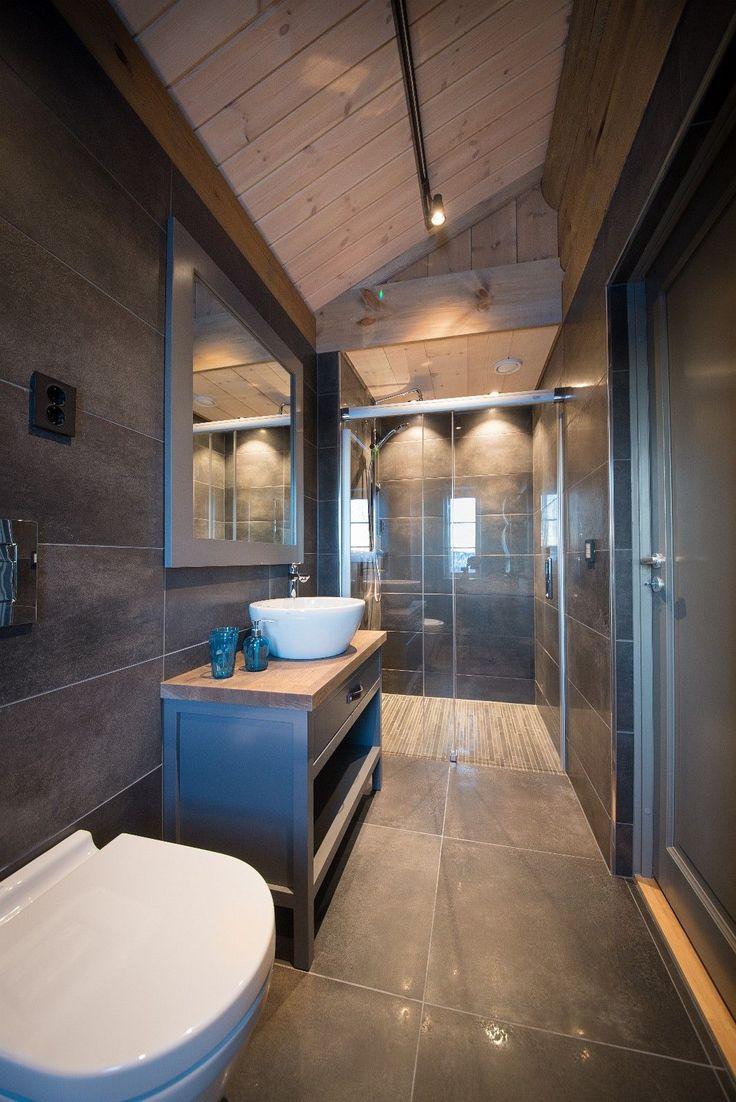 SOLGT! - KIKUT - Praktfull hytte med utsøkt beliggenhet!   FINN.no