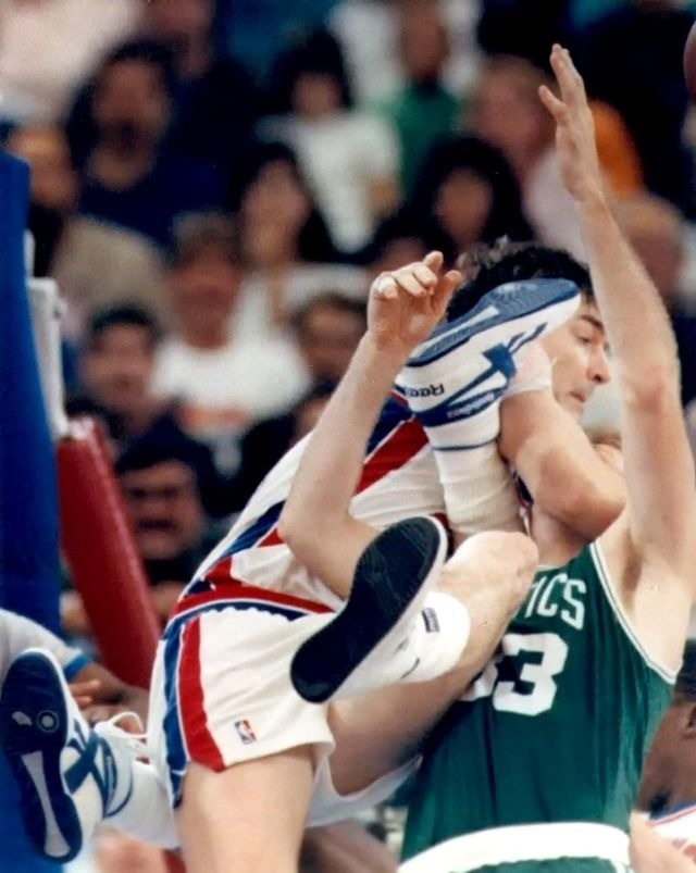 NBA Brawls: Bill Lambier Detroit Pistons Vs Larry Bird Boston Celtics