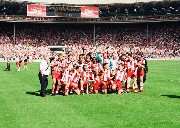 Stoke City v Stockport County Autoglass Trophy Final at Wembley Stadium,.. Art Print