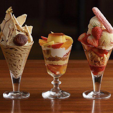 『グラッシェル表参道店』から冬に食べたい贅沢パフェが新登場! 表参道で旬な素材に新鮮アイスをふんだんに使用し、大人のためのスイーツです。 #東京カレンダー #東カレ #パフェ #アイス #表参道