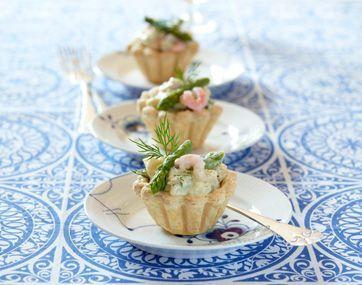 Tarteletter med fiskeboller og rejer