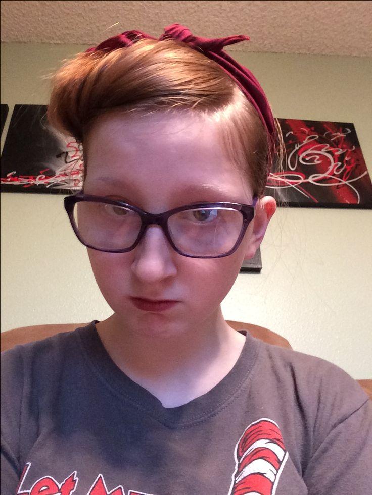 Rosie the riveter hair. Love it