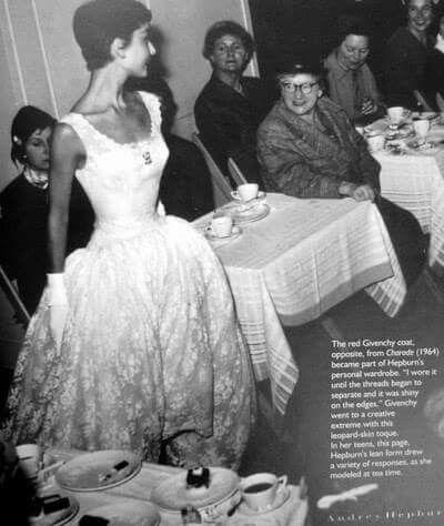 Audrey Hepburn at the fashion house Gerzon Kalverstraat in Amsterdam, November 2, 1954