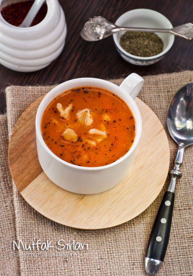yüksük çorbası, mantı çorbası