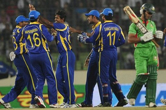 Watch Live Sri Lanka vs Bangladesh Live Streaming Info and Pitch Report for the 18th Match of Cricket World Cup 2015. Live Cricket Streaming SL vs BAN World Cup Live Telecast Free Online