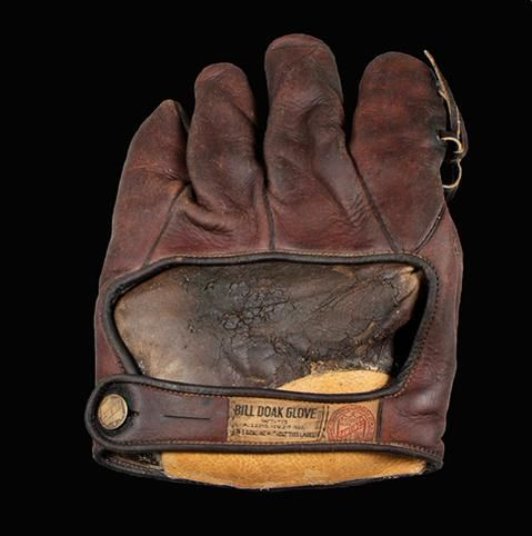 Did you know Cardinals pitcher Bill Doak invented a fielder's glove? It became the most popular Rawlings glove during the 1920s and he received royalties until 1954. #CardsMuseum
