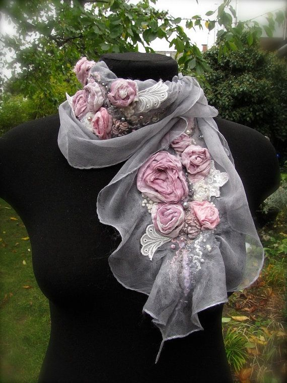 Skarf shaw Felt Silk Garden of roses Twilight от AlisaBordo, $85.00