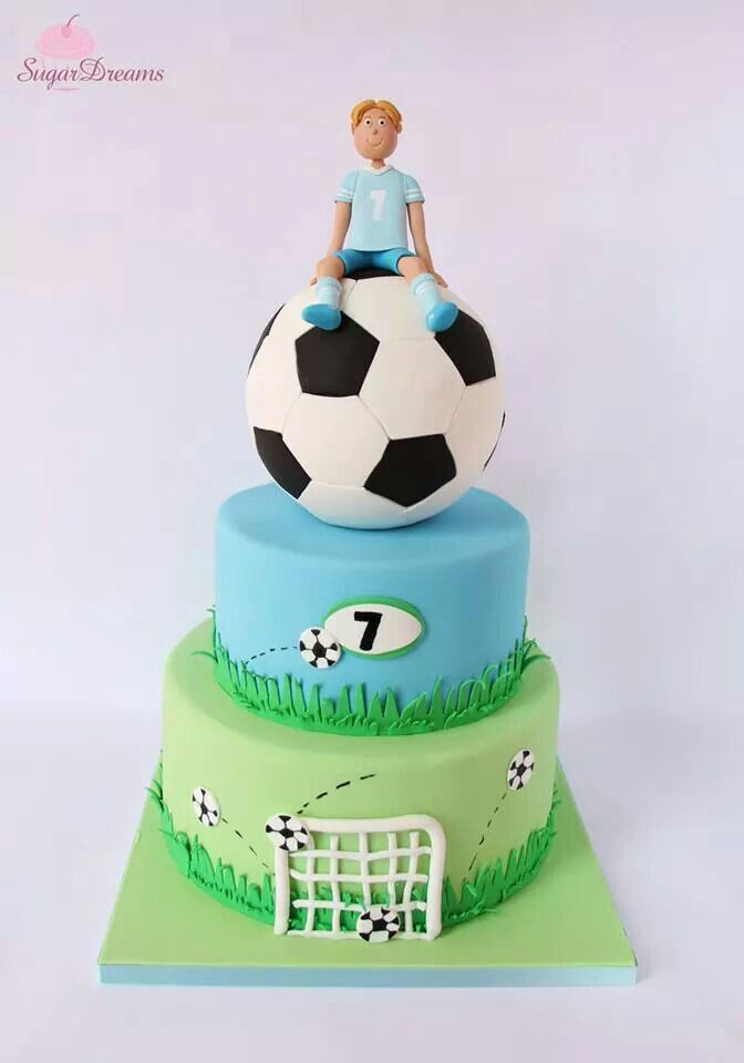 Beautiful soccer cake