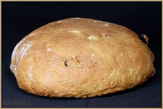 Овсяный хлеб с изюмом (в духовке)  Ингредиенты  Болтушка:  Вода150 г  Мука пшеничная (у меня 1с)100 г  Дрожжи сухие (Саф-Момент)3 г  Мед30 г  Тесто:  Болтушкався  Мука пшеничная (у меня 1с)250 г  Хлопья овсяные (Геркулес традиционный)80 г  Мука пшеничная цельнозерновая80 г  Вода (у меня сыворотка)200 г  Масло топленое25 г  Соль7 г  Изюм100 г