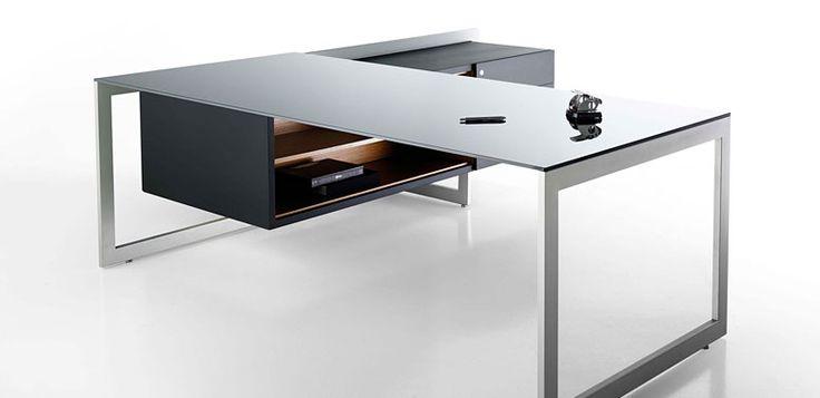 Buro2 -- Características: El diseño moderno y lineal del escritorio Buro aporta una gran diferenciación a la oficina que lo usa. Infórmate más sobre este mueble dándole clic a la imagen.