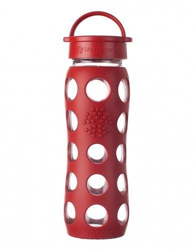 Sticlă LifeFactory din sticla, cu manşon de silicon şi capac clasic, Roşu 650 ml - GreenQueen