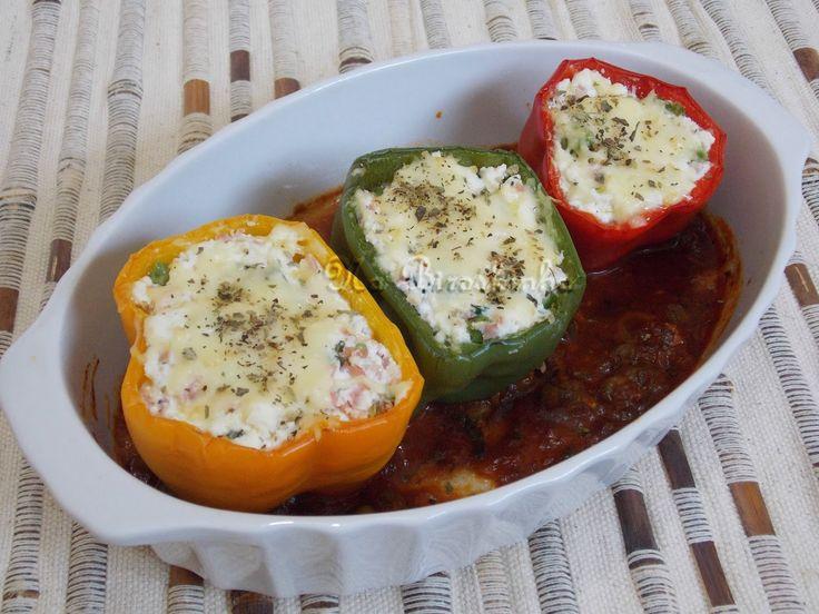 Um prato leve, nutritivo, rápido de preparare que agrada a família toda.     Esses pimentões surpreendem pelo sabor e são perfeitos pa...