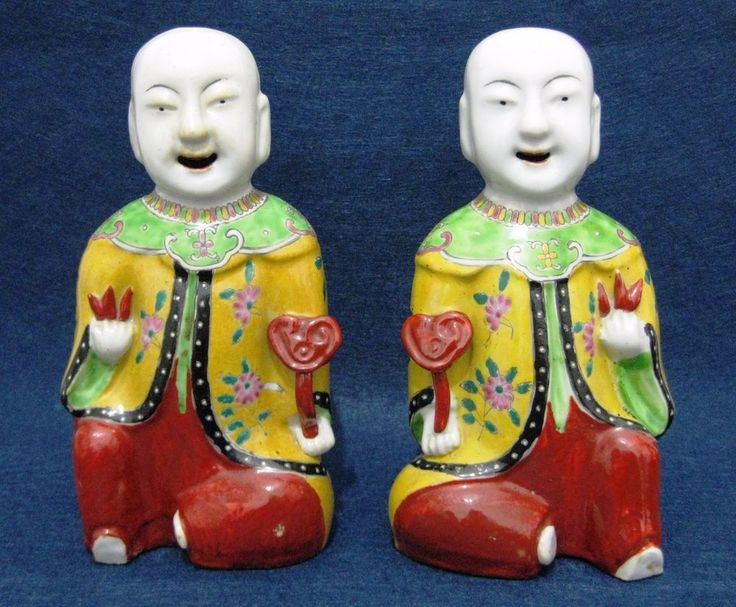 ANTIQUE PAIR CHINA CHINESE QIANLONG PORCELAIN FAMILLE ROSE FIGURINE