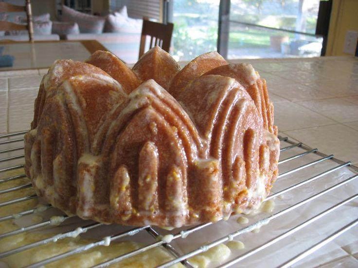 lemon cake, glazed