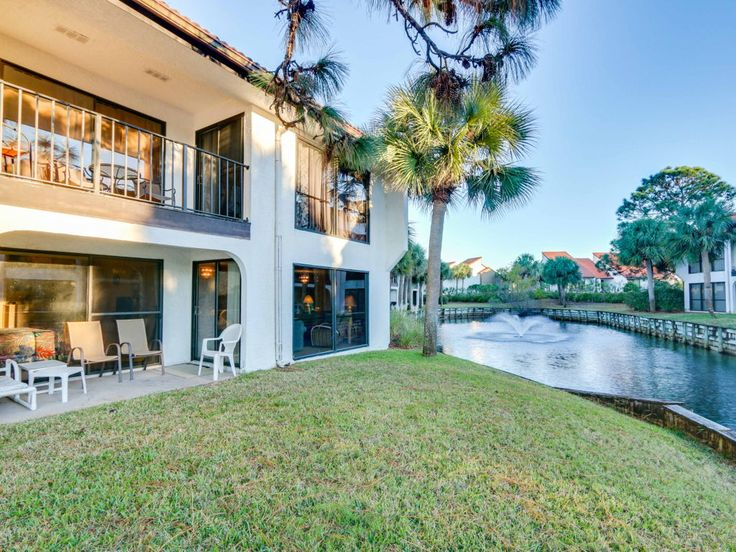 This fully furnished 2 Bedroom Condo located close to Conference Center, is surrounded by seven private pools, nine lakes and fountains, nine holes of executive golf, tennis, and shuffleboard, offering an escape from the fast pace of everyday. This unit offers an unsurpassed level of privacy, ideal for extended stays, while providing all the property amenities within walking distance. All information is approximate - if important buyer must verify