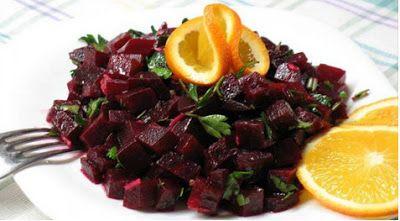 Свекольный салат по-итальянски! Секрет салата — изумительная заправка из сока апельсина и бальзамического уксуса! Берите рецепт на заметку!