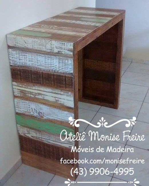 Balcão em madeira  acabamento em pátina color envelhecida  tamanho 1,20 larg x 50 prpf x 1,10 alt madeira de reflorestamento pinus eliotti