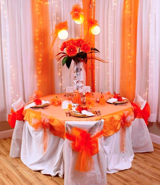 Table Decor Using The Quinceañera Supplies Available At Michaelu0027s