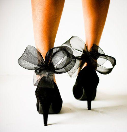 /: Fashion, Bows Heels, Style, Black Bows, Black Shoes, Black Heels, High Heels, Big Bows, Bows Shoes