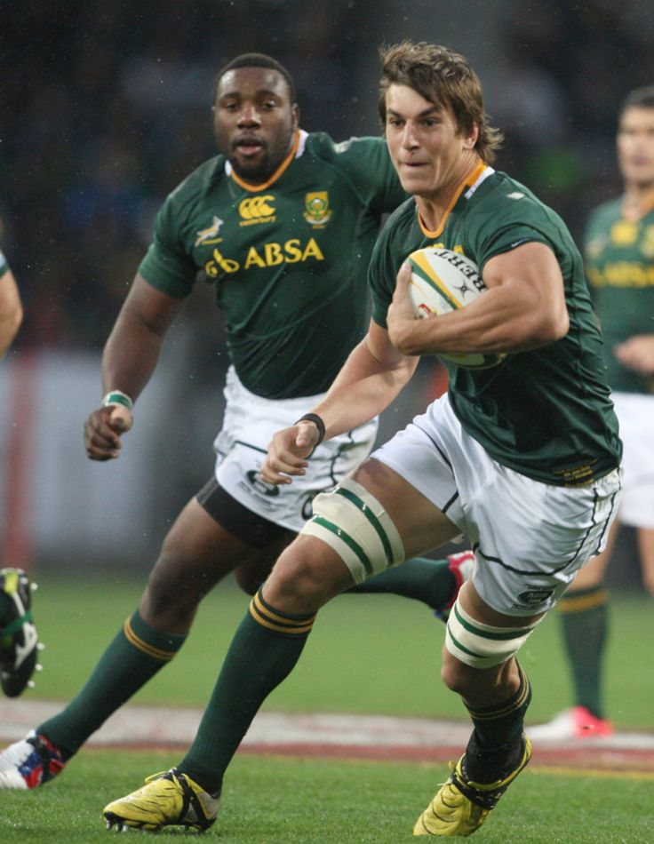 Eben Etzebeth, with the ball, during the 3rd Castle Lager Incoming Tour test match between South Africa and England at Nelson Mandela Bay Stadium in Port Elizabeth, South Africa last year June. Picture: FILE (793×1024)