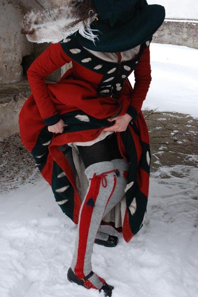 Kampfrau complete with striped socks!