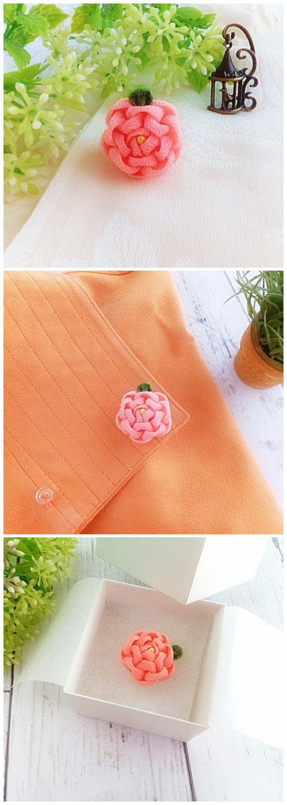 Pink Camellia Kanzashi Flower Lapel Pin Flower Tie Tack Pin  #etsyfinds #etsyaccessories #lapelpin #tietackpin #hatpin #flowerlapelpin #weddingboutonniere #handmadeaccessory #flowerpin #flowerbrooch #giftideas #giftforher #giftforhim #mothersgift #fathersgift #kanzashi #kanzashiflower #tsumamizaiku #camellias #pinkflower #pinklapelpin #fabricflower   #japanesekanzashi #buyhandmade #handmadewithlove