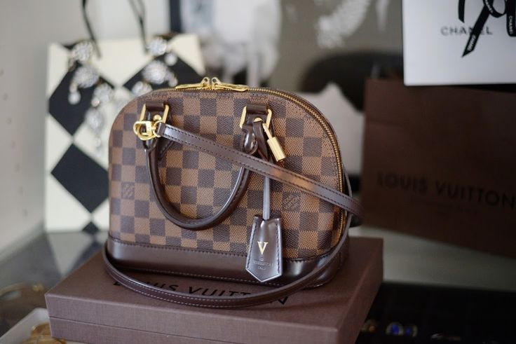 Louis Vuitton Alma BB Review,  сумки модные брендовые, bags lovers, http://bags-lovers.livejournal