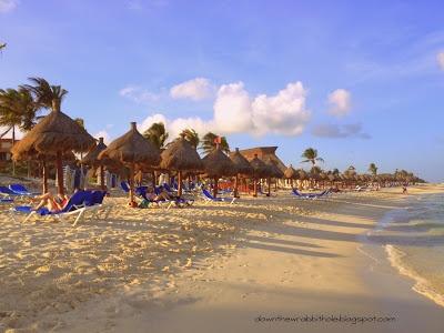 The luxurious beach at the Gran Bahia Principe in Akumal, Mexico. Photo via downthewrabbithole.blogspot.com #travel #bucketlist