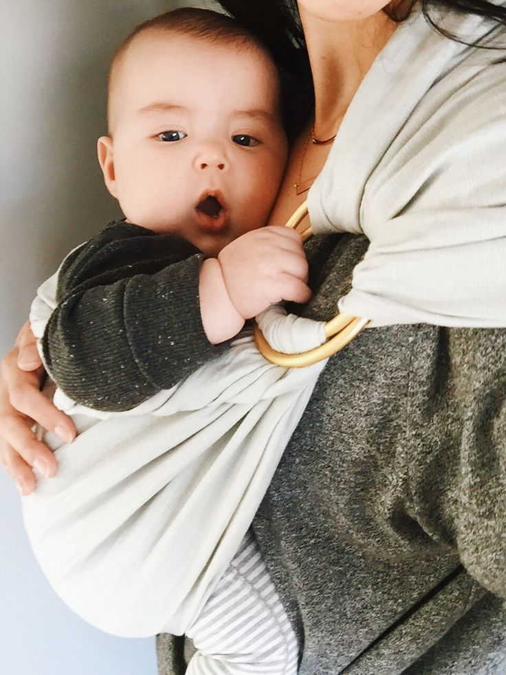 how to use a ring sling carrier