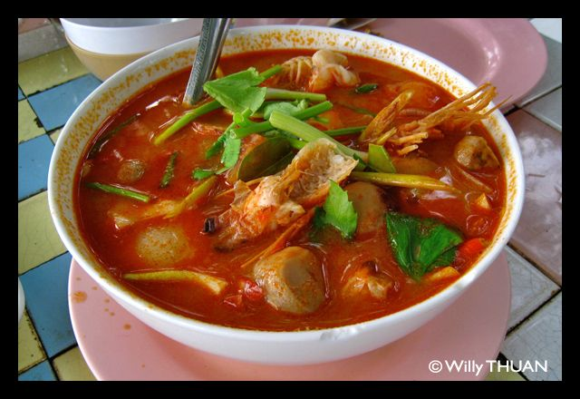 One of the most popular Thai dish is Tom Yam Goog and it is best tried in very local seafood restaurants around Phuket Island: http://phuket101.net/2011/07/10-great-local-seafood-restaurants-in.html