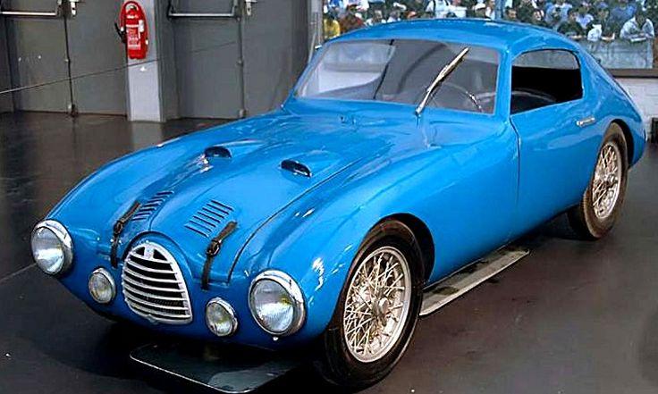 La Simca 15 s Coupe Gordini, cette voiture de collection fut construite en 1950.