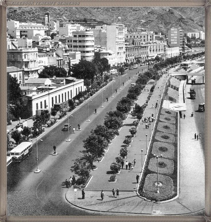 Santa Cruz - avenida Anaga - año 1953 #canariasantigua #blancoynegro #fotosdelpasado #fotosdelrecuerdo #recuerdosdelpasado #fotosdecanariasantigua #islascanarias #tenerifesenderos