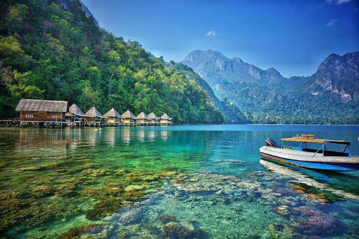 (Foto : piknikasik.com)Pantai yang terletak di Pulau Seram, Maluku Tengah, dikenal sebagai surga ter... - Antara