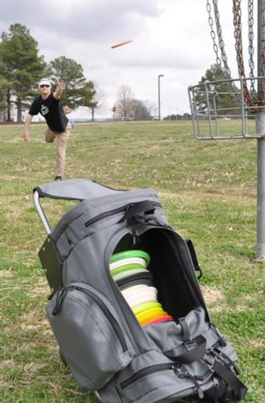 Disc Golf Bag With A Chair Built In Awesome Products I