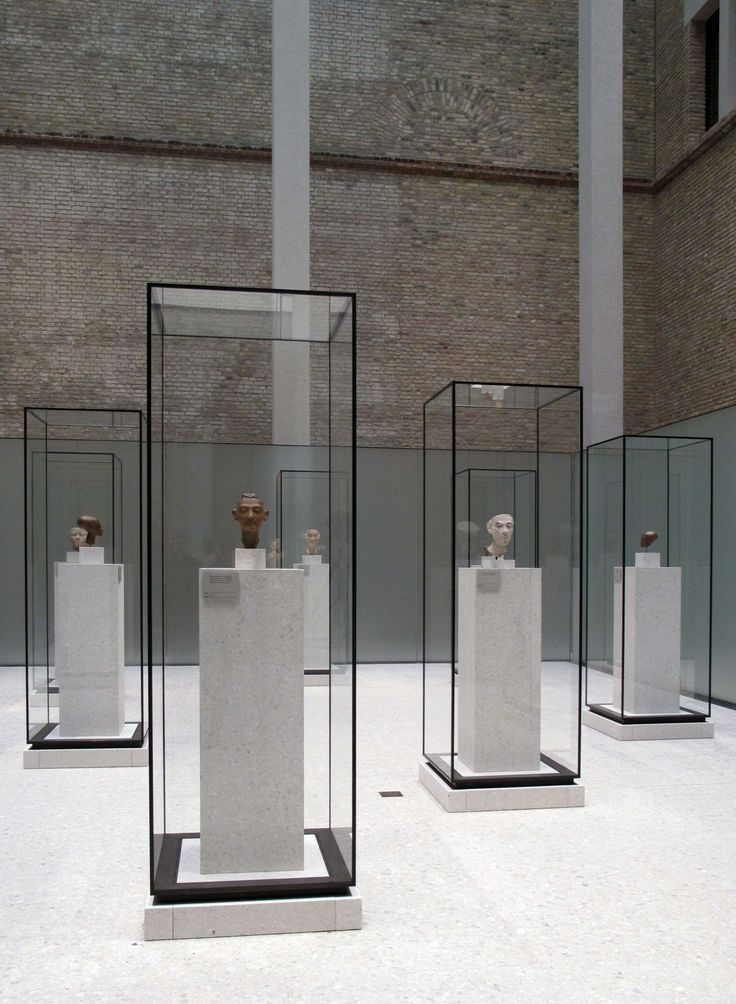 AMdL Michele De Lucchi · Exhibition and graphic design of the Neues Museum · Divisare