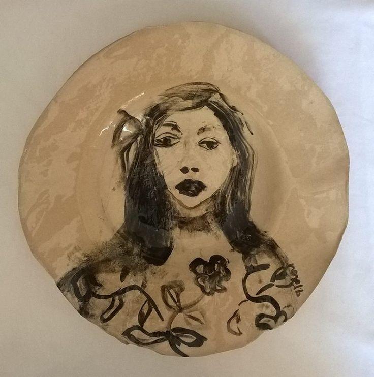 CERAMICS.  Hand painted dinner plate. Ronel Bakker Keramiek