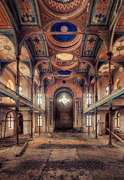 mikapoka: grimed with beauty - Dresden-based young photographer Matthias Haker...yet he proved to have an eye for emphasizing the magical charm of abandoned buildings in his 'Decay' project that fully conveys the exclusive beauty he sees in them.