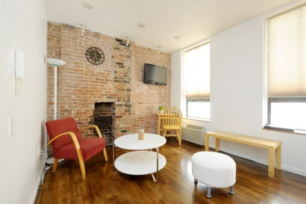 New York City, United States of America Vacation Rental, studio, 1 bath, kitchen with WIFI in Manhattan, Midtown. Thousands of photos and unbiased customer reviews, Enjoy a great New York City apartment rental perfect for your next holiday. Book online!