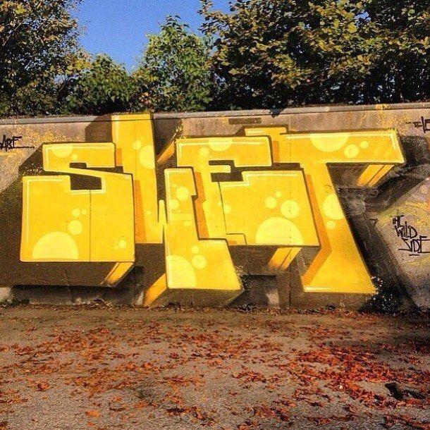 Artist @swet71 #mural #wallart #graffiti #spraypaint #sprayart #calligraphy #typography #lettering #writting #drawing #painting #arteurbano #streetart