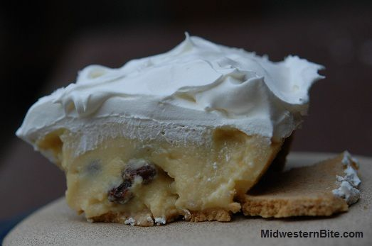 One of my favorite pies, sour cream raisin, the best part.....it's Mr B's favorite too!!!