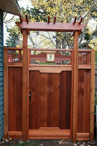 Arts and Crafts cedar fence and gate