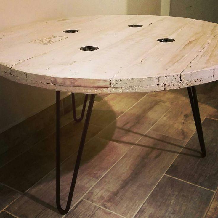 table basse touret meubles et d corations en palette recycl e pinterest. Black Bedroom Furniture Sets. Home Design Ideas